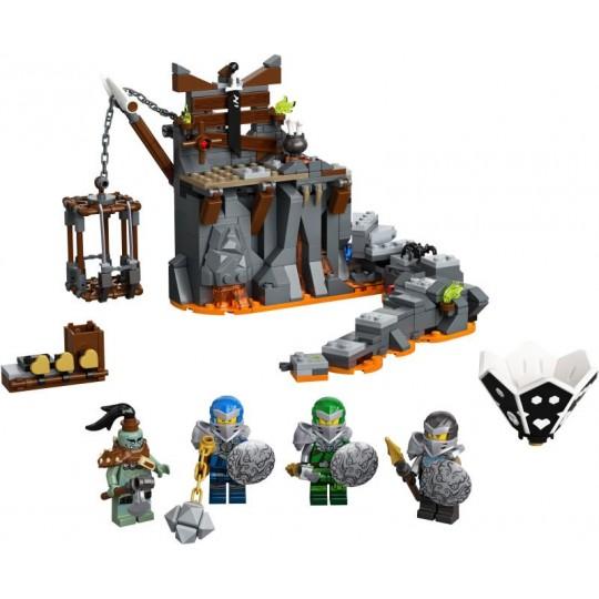 LEGO® NINJAGO®: Journey to the Skull Dungeons